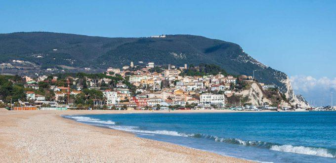 Marche - Conero spiaggia e capo