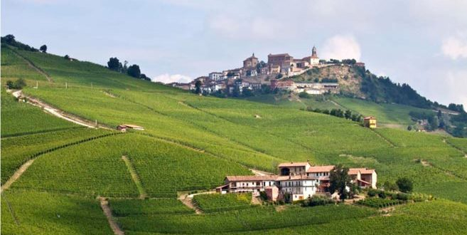 Turin & Langhe accessible - La Morra